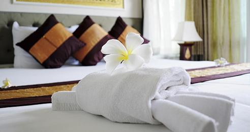 Hotel reservation & Hotel deals_25895130